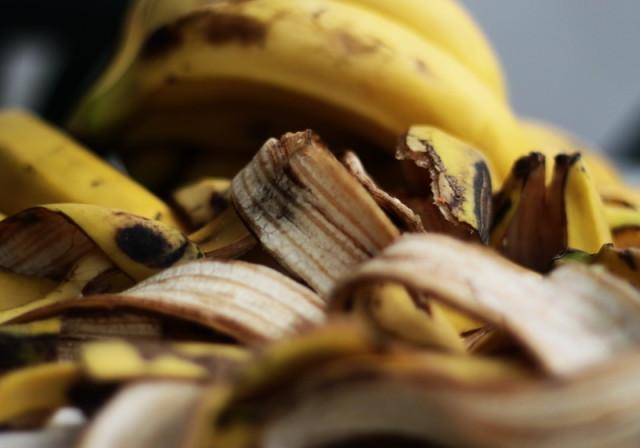ingrasa bananele