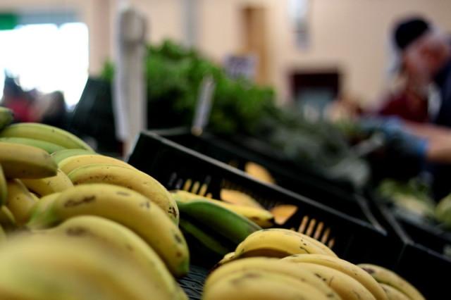 Bananele, eterna mea iubire, eterna mea piatra de incercare. Voi putea vreodata sa ma opresc inainte sa-mi crape stomacul de la atatea banane?!