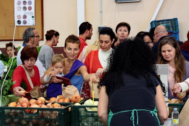 La piata, printre oameni, tarabe si proteine. Proteine vegetale :D